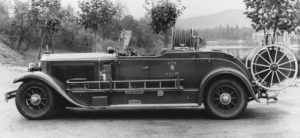 Fire_chief_vehicle_for_Lisbon_1929_Mercedes_Benz_N_rburg_with_350_liter_tank_and_100_meter_hose